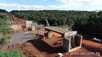 """Toma forma puente que sustituirá a """"balsa de la muerte"""" en Ñacunday - ABC en el Este - ABC Color"""