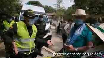 Comunidades vecinas de Venadillo protestan por mal estado de vías - Emisora Ondas de Ibagué, 1470 AM