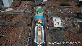 La alfombra más grande de El Salvador, en Sensuntepeque, es un homenaje al personal de Salud - elsalvador.com