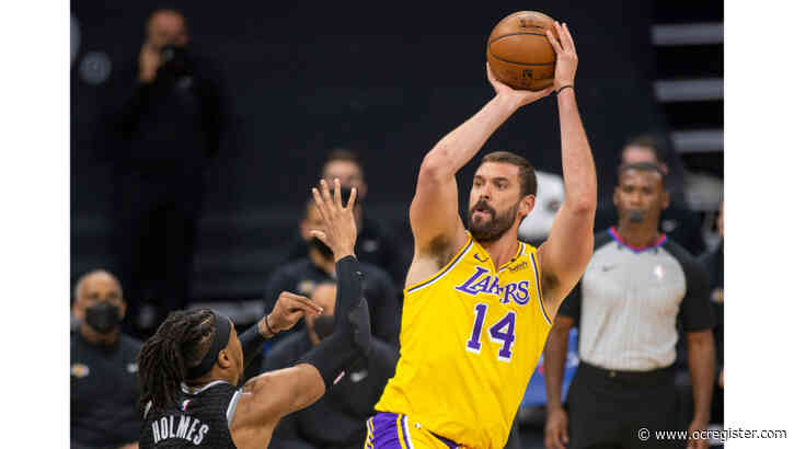 Lakers' Marc Gasol frustrated with role after Drummond signing: 'It's a hard pill to swallow'