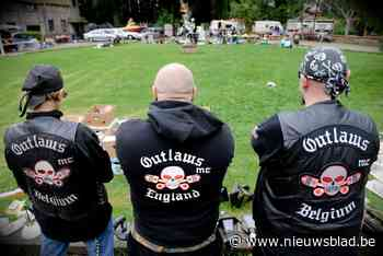 Grootscheepse inval bij motorclub Outlaws: wapenarsenaal gevonden, tien verdachten opgepakt