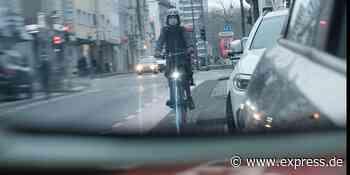 Unfall in Köln: Fahrradfahrer in Ehrenfeld von Smart erfassst - EXPRESS