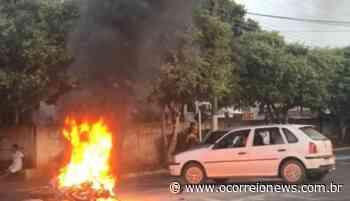 Paranaiba: Condutor pula de motocicleta em chamas após acidente - O Correio News