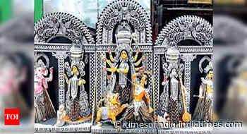 Kol: 1st Durga idol this year ready to set sail
