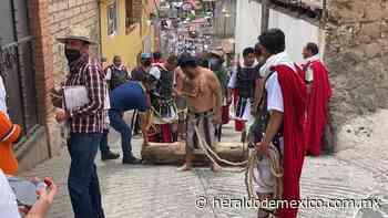 Pandemia no frenó la fe en Ocoyoacac, viacrucis se graba y será virtual - Heraldo de México