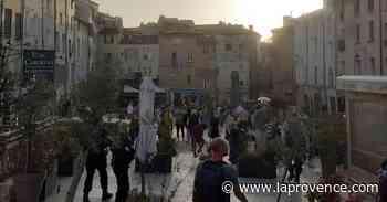 Aix-en-Provence : apéros improvisés sur la place des Cardeurs, la police est intervenue - La Provence