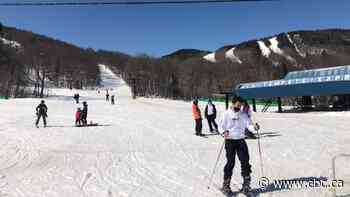 Quebec ski resorts look for silver lining after difficult season