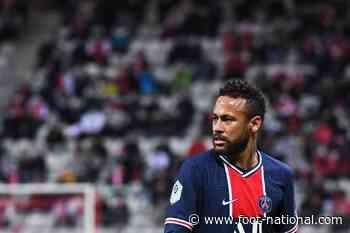 PSG : Neymar fortement taclé par un champion du monde 98