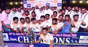 District Kabaddi: RR men, Suryapet women triumph - Telangana Today