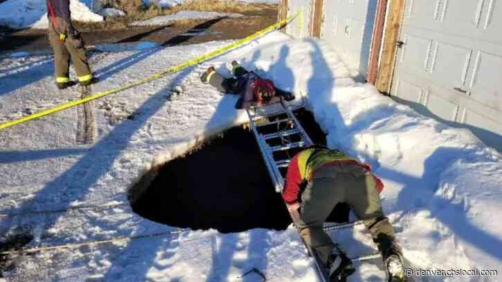 Heroic Colorado Firefighter Rappels Down Into 30 Foot Sinkhole To Rescue Person Who Fell In