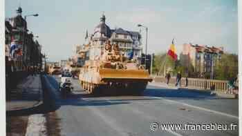 EN IMAGE - Il y a 30 ans, les chars blindés défilaient dans les rues de Charleville-Mézières - France Bleu