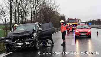 Unfall auf der A36 bei Wolfenbüttel - mehrere Personen verletzt