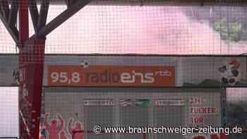 Bundesliga: Pyro-Show mit Folgen beim Berliner Derby - Polizei ermittelt