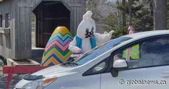 Quispamsis, N.B., hosts drive-thru Easter celebration - Global News
