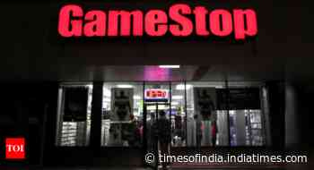 GameStop to sell 3.5m shares after stock frenzy boosts price