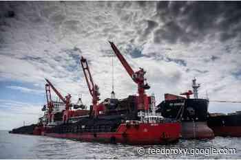 Shakhtersk coal seaport opens 2021 navigation season