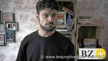Braunschweiger Schauspieler Cino Djavid am Filmset gefragt