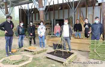 Orthez : des lycéens préparent une exposition insolite sur le lac de l'Y - Sud Ouest
