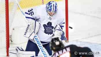 Jack Campbell ties franchise record with 9th straight win as Leafs take down Flames