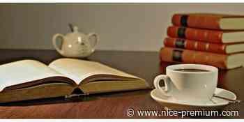 Café littéraire : Les hauts de Ramatuelle de Françoise Parturier - Nice Premium