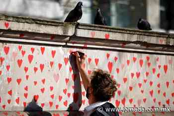 150 mil corazones cerca del Támesis - La Jornada