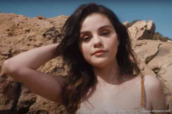 Selena Gomez Is a Warm Desert Dream While Introducing New Eyeshadow Palette