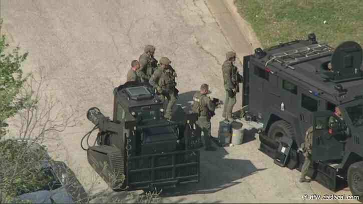 Suspect Wanted For Assaulting Officer In Standoff With SWAT In Fort Worth