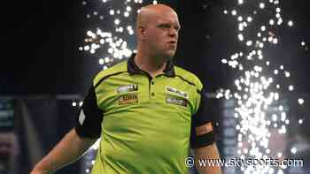 Van Gerwen hammers Wright to set PL pace