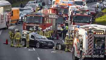 Auf der A3 Richtung Köln - Sechs Verletzte nach schwerem Autobahn-Unfall - BILD