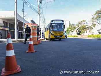 GCM, Posturas e VISA orientam circulação dos veículos e pessoas nas barreiras, em Campos - Portal Ururau - Ururau