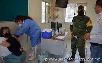 Han vacunado a más de mil adultos mayores en Peñón Blanco - El Sol de Durango