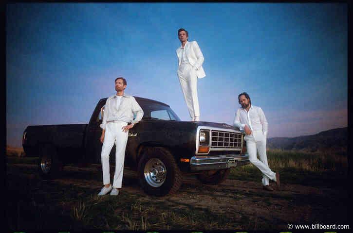 The Killers' 'Mr Brightside' Chalks Up U.K. Chart Milestone