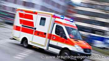41-Jähriger liegt in Lehre verletzt auf dem Boden