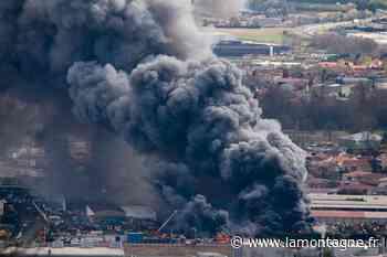 Incendie à Issoire (Puy-de-Dôme) : des mesures de contrôles de fumées d'incendie réalisées - Issoire (63500) - La Montagne