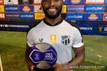 Stiven Mendoza es el hombre del momento en Brasil: otro gol y premio - FutbolRed