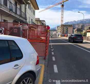 """Cantiere pericoloso a Laives, Pd: """"Sicurezza dei pedoni, questa sconosciuta"""" - La Voce di Bolzano"""