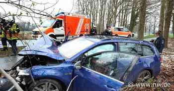 42-jähriger Autofahrer kollidiert in Friedrichsdorf mit einem Baum - Neue Westfälische