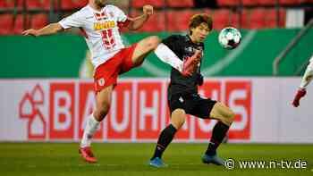 Nicht schön, aber im Halbfinale: Werder stoppt Regensburgs Elfmeter-Helden