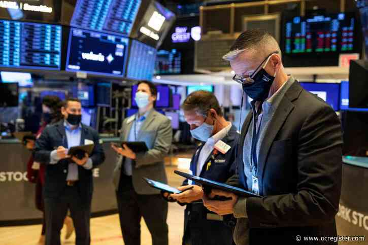 US stocks close mixed; S&P 500 notches another record high