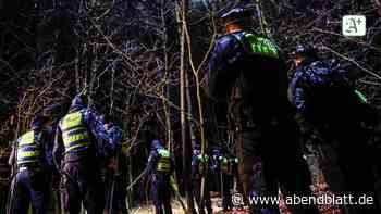 Wandsbek: Nach Notruf: Junge Frau bewusstlos im Wald gefunden