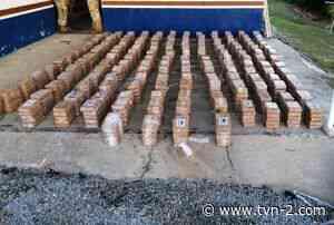 Decomisan 800 paquetes de droga en Punta Burica, tres personas aprehendidas - TVN Noticias