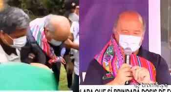 Hernando de Soto casi sufre caída mientras hacía campaña en Jauja: Tuvo que ser ayudado - Diario Trome