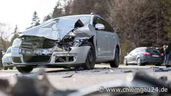 Altenmarkt: Autofahrer nach Unfall auf B304 in Klinik - chiemgau24.de