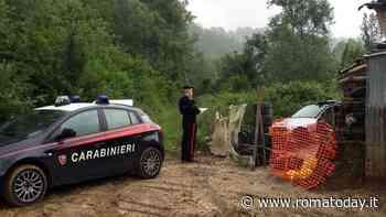 Orrore a Genzano: fa trekking, trova resti umani e frammenti di bare