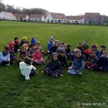 Le baby foot fait la joie des petits - La République du Centre