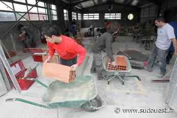 Saintes : des salariés du Centre de formation des apprentis du bâtiment tirent la sonnette d'alarme - Sud Ouest