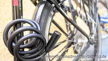 Unbekannter stiehlt in Wolfenbüttel angeschlossenes Rad