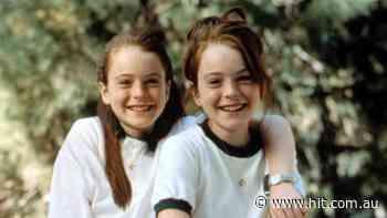 We Were Today Years Old Finding Out That Lindsay Lohan's Fam Cameoed In The Parent Trap! - Hit 107
