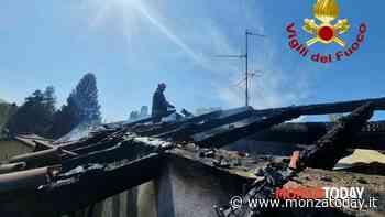 Triuggio, a fuoco un tetto a Rancate: intervento dei vigili del fuoco - MonzaToday