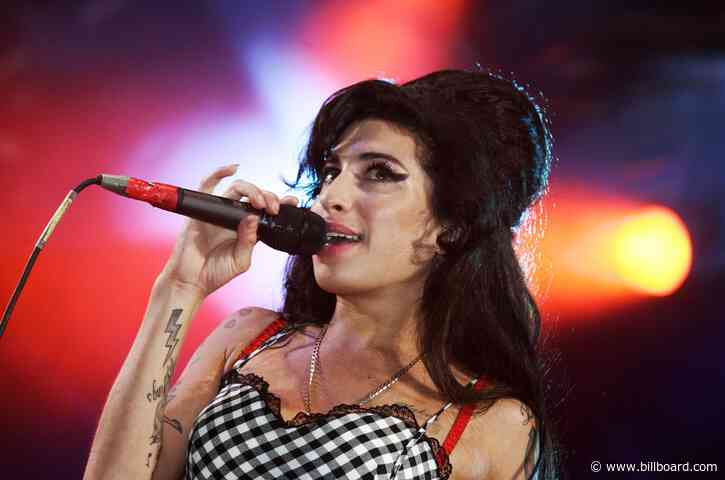 'Amy Winehouse' Book Excerpt: How 'Back to Black' Was A 'Trojan Horse' In 2007